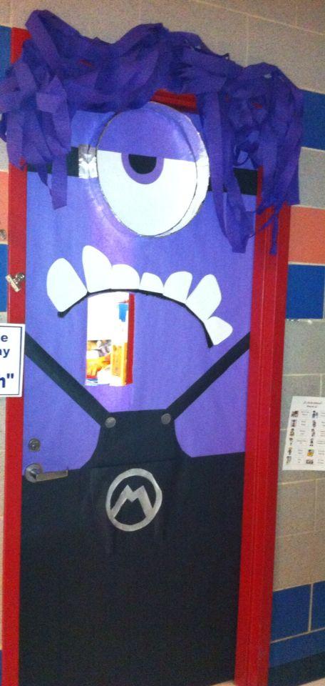 School door decoration october 2014 purple minion for Decoration de porte halloween