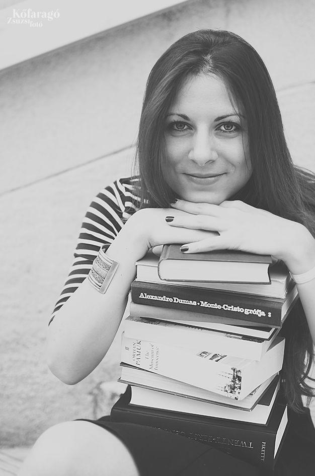 reading by kofaragozsuzsiphotos  www.facebook.com/kofaragozsuzsiphotos