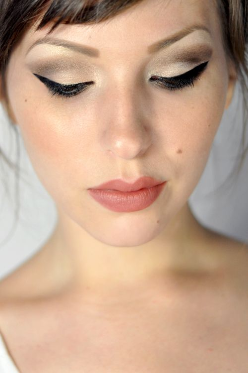 Love the eye makeup.