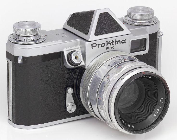 K-W Praktina FX Camera (S/N 32xxx) -- 1953-1958-- C.Z.Jena Biotar 2/58