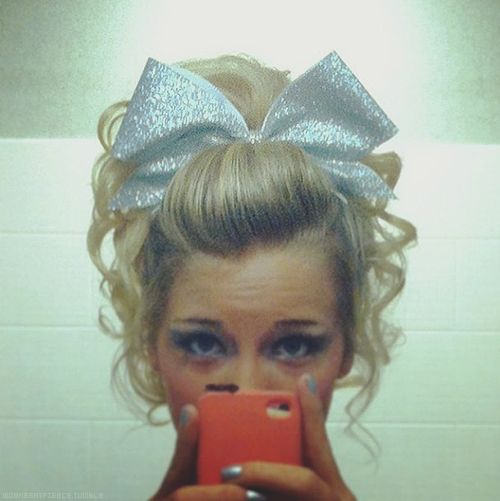 Wow hair...this would be cute even if your not cheering just lose the ribbon