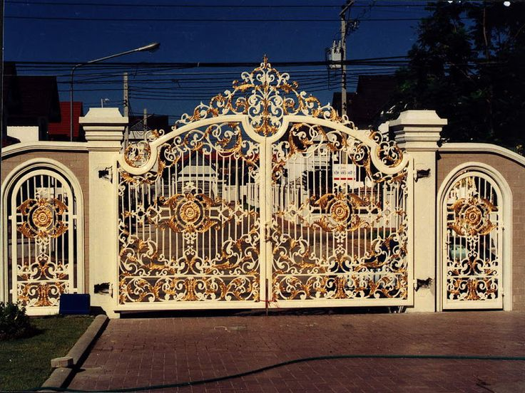 Beautiful Housegate photo   Iron gates design gallery   10 Images   Luxury House  Design. 17 Best ideas about Gate Design on Pinterest   House entrance