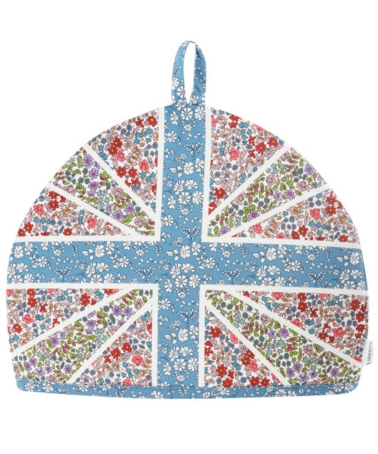 Knitting Pattern For Union Jack Tea Cosy : 166 best images about Sew: Tea Cozies on Pinterest Afternoon tea scones, Sh...