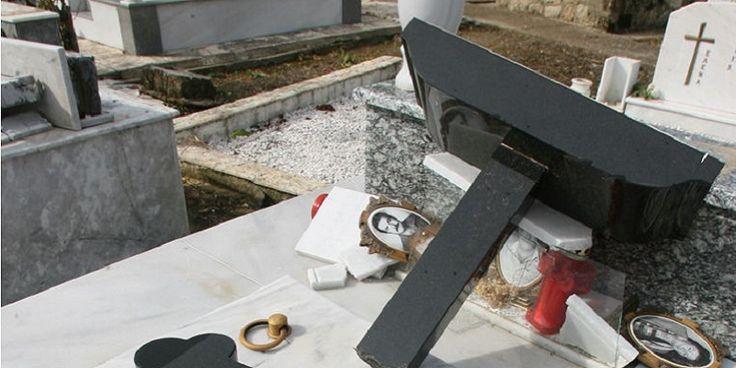 ΦΩΤΟ: Ο καιρός τα έβαλε με τους νεκρούς - Ζημιές στα νεκροταφεία Πύργου, Αγ. Ηλία, Εφύρας