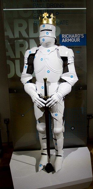 Ill conceived reconstruction of Richard III's armour looks like a stormtrooper. This guy hasn't caught a break since the 1480s.