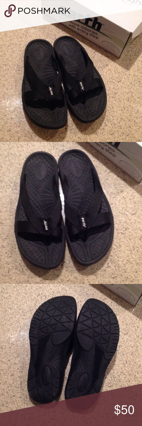NWT Cabo San Lucas Earth Shoe Sandal Healthy footwear with negative heel technology. Burn more calories with every step! Brand new- never worn. Black with nylon strap earth Shoes