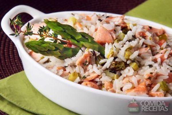 Receita de Risoto com isca de salmão - Comida e Receitas
