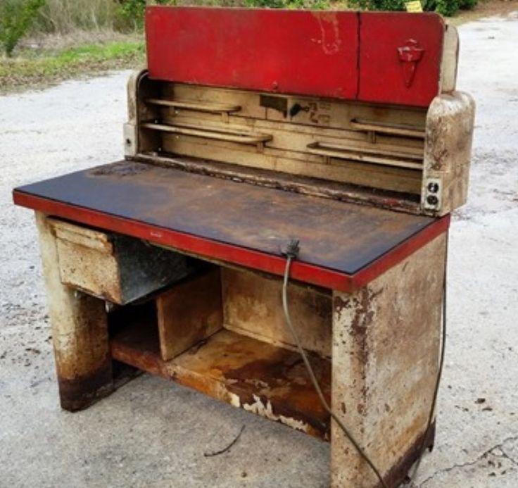 Garage Shop: Lincoln Work Bench (had Optional Side Short Cabinets)