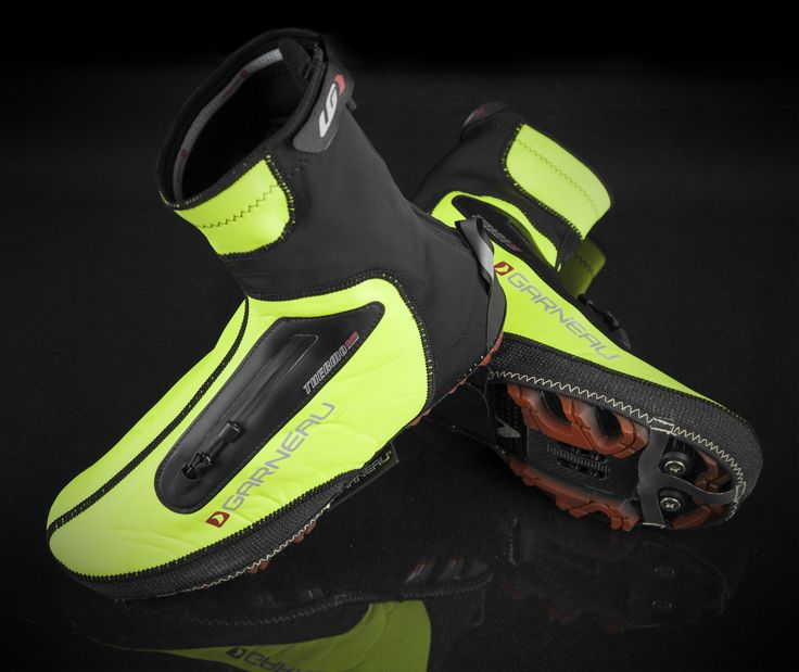 Unlike traditional booties, the Thermax Shoe Cover allows riders to adjust shoes bearing a dial closure or allow for aeration. This feature is needed by riders who experience edema from overheating and pedal pressure to adjust the fit and achieve proper ventilation. With an easy opening zip on top, which is patent pending, everything can be done while riding your bike.
