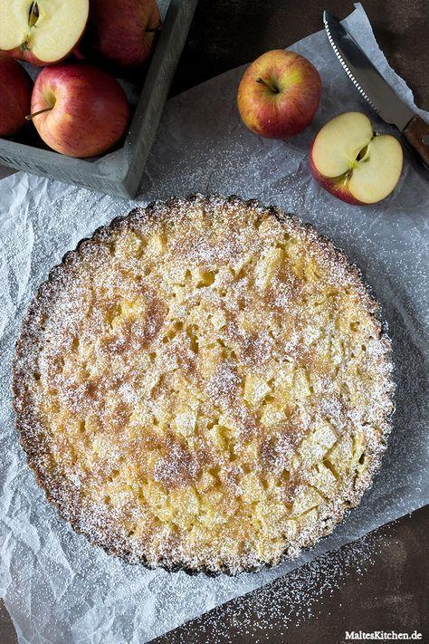 MaltesKitchen: Toskanischer Apfelkuchen wird mit reichlich Puderzucker bestäubt