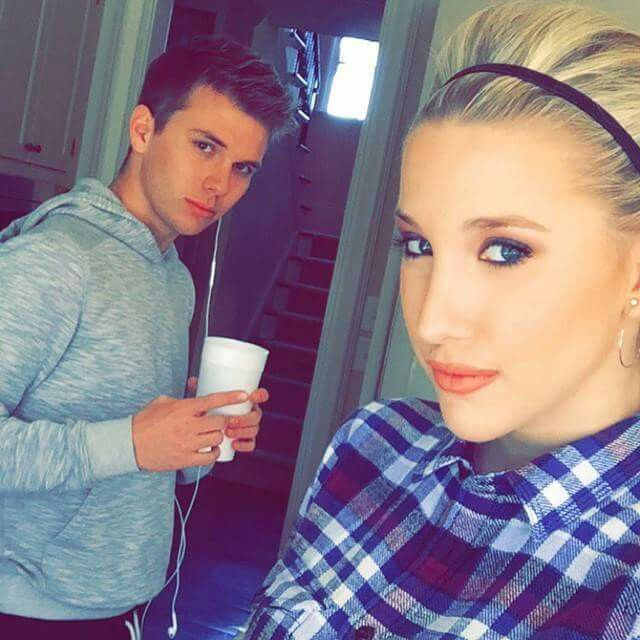 Chase & Savannah Chrisley ...