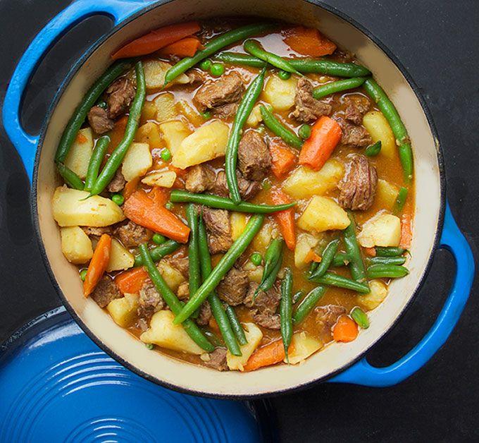 Lamsstoofpot met lente-groenten - www.puur-gezond.be