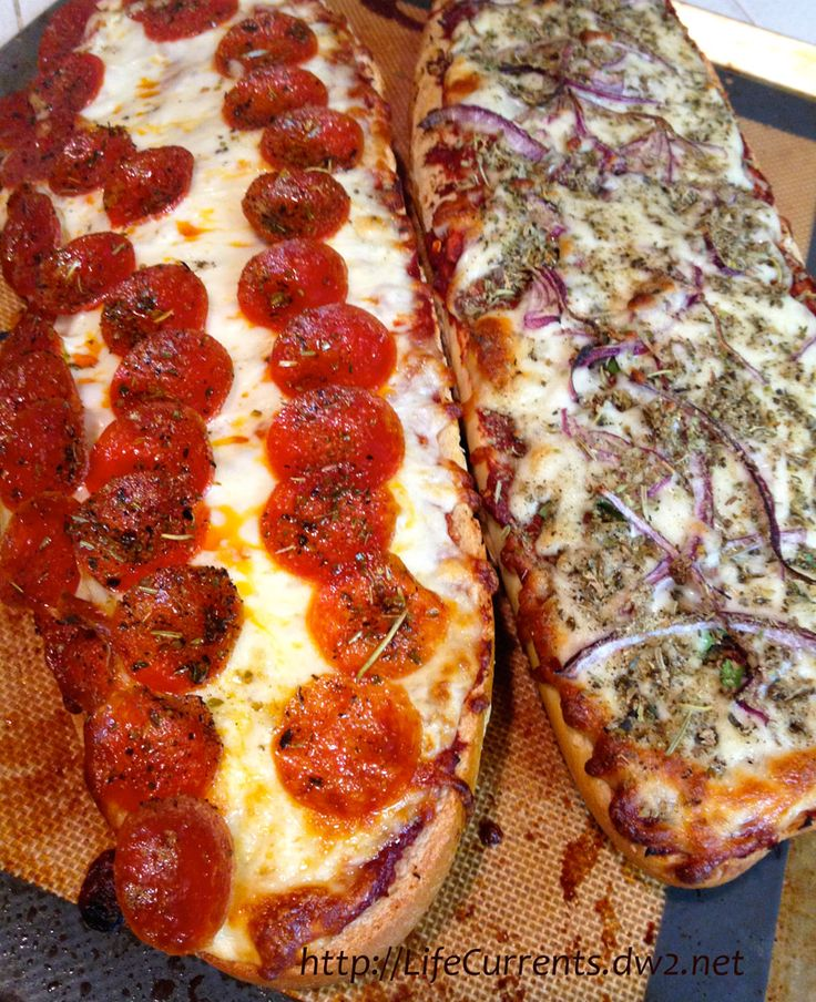 Homemade French Bread Pizza | Life Currents http://lifecurrents.dw2.net