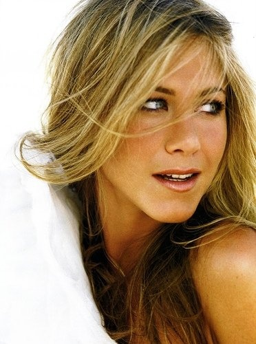 Aniston- god this has to be he most beautiful women in the world....so jealous.