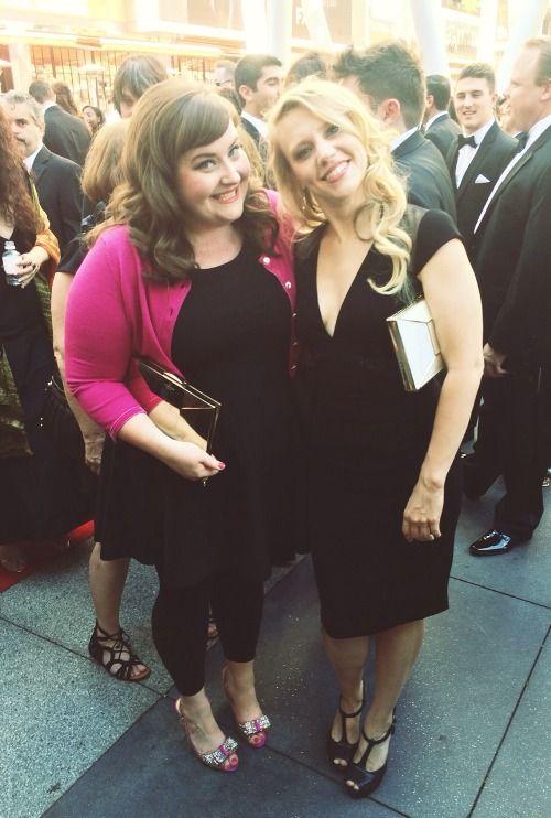Saturday Night Live aidy bryant and kate mckinnon