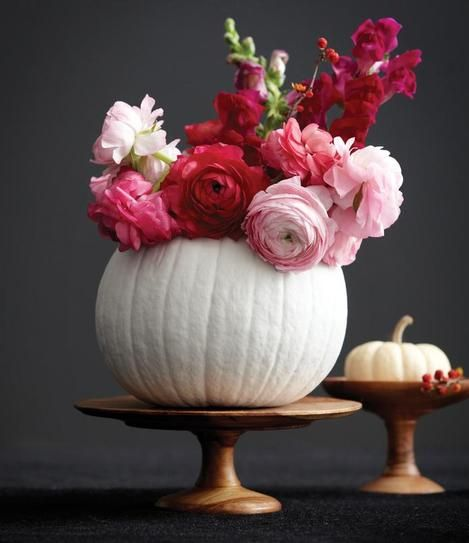 DIY Halloween Decor: Beautiful white pumpkin floral arrangement