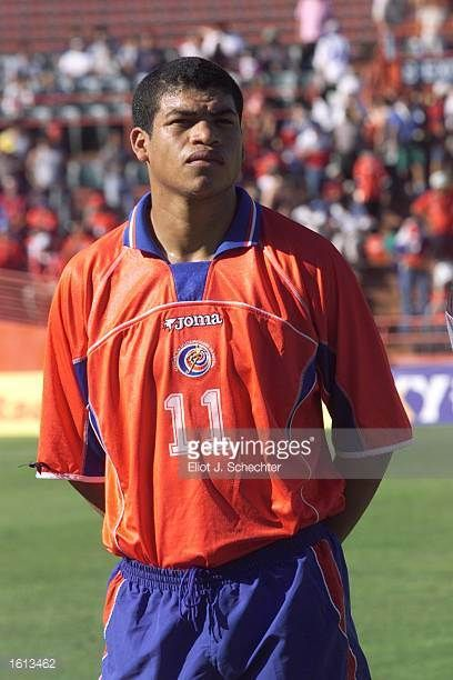 Ronald Gomez of Costa Rica prepares for the during the 2002 Gold Cup match against Trinidad Tobago at the Orange Bowl in Miami FloridaThe game end a...