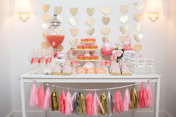 #MyPerfectParty at  @Emma Hardman cosmetics SS14 http://myperfectpartyinc.ca/ #party #pink #sparkly #décor #events #sweets #candy #cupcakes #garland