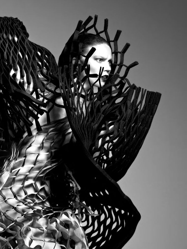 3D Printed Fashion Architecture - 3D pattern structure; experimental fashion constructs