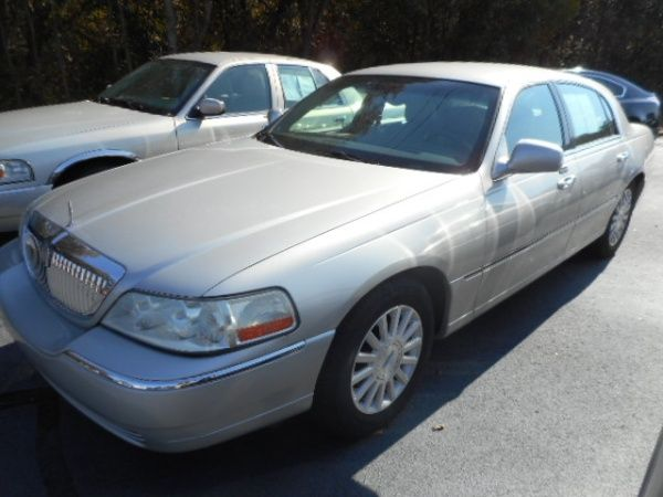 Used 2004 Lincoln Town Car for Sale in Royston, GA – TrueCar