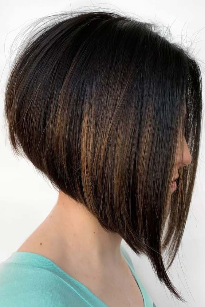 35 Best Short Hairstyles For Round Faces In 2020 Lovehairstyles Com Angled Bob Haircuts Angled Bob Hairstyles Short Hair Styles For Round Faces