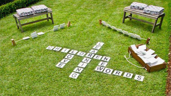 Les enfants qui aiment le Scrabble vont devenir fous de cette version géante.