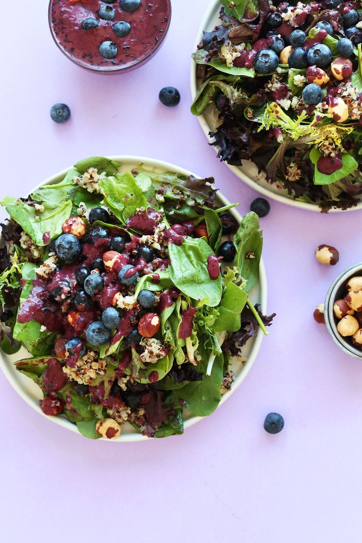 HEALTHY Blueberry Quinoa Hazelnut Salad with a Blueberry Balsamic Vinaigrette! #recipe #healthy #dinner #salad #blueberry #summer #glutenfree #minimalistbaker
