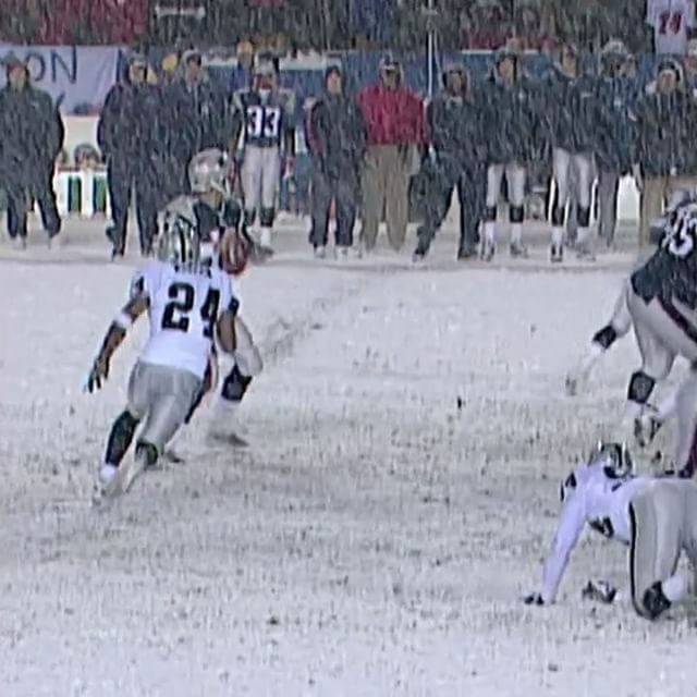 """""""The Tuck Rule Game"""" (January 19, 2002)  Ruling: Incomplete @tombrady pass.    The rest is @nflhistory. #tbt #NEvsOAK"""