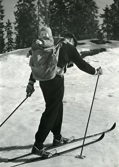 """The Norwegian Tourism Association was founded in 1903. It was a public body created to promote travelling in Norway. The association advertised abroad and in Norway, and published a series of brochures and publications. They had a large photo archive that was used in the promotion of Norway as a holiday destination. This photo belongs to the category """"Skiing, sunshine and children""""."""