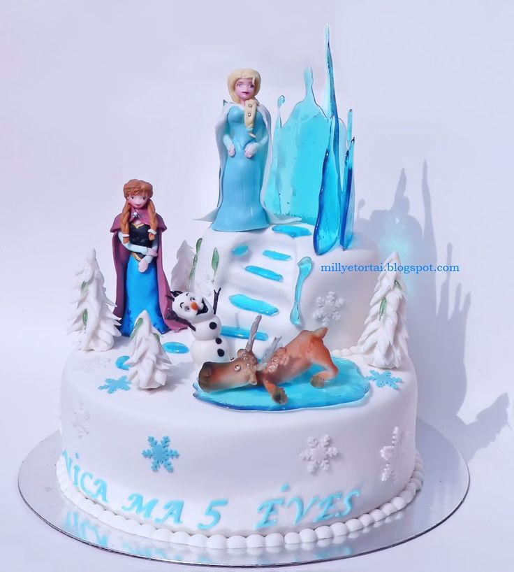 Elsa and Anna Frozen cakes