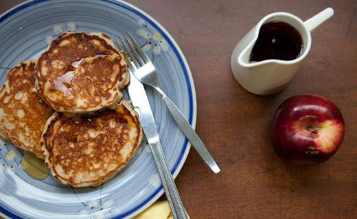 Sylvie's Apple Pancakes