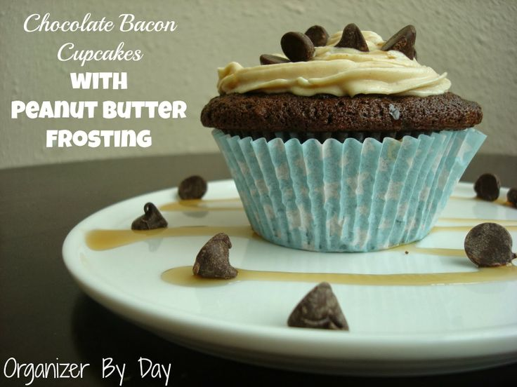 Chocolate #Bacon #Cupcakes with Peanut Butter Cream Cheese Frosting ...