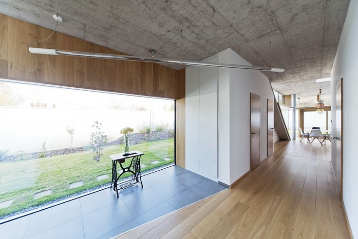 Gallery of TD House / sporaarchitects - 12