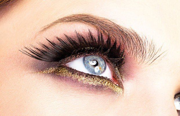 #maquillaje #ojos Perfecciona tu técnica y estilo, aprende #tips y secretos para destacar diferentes tipos de ojos.