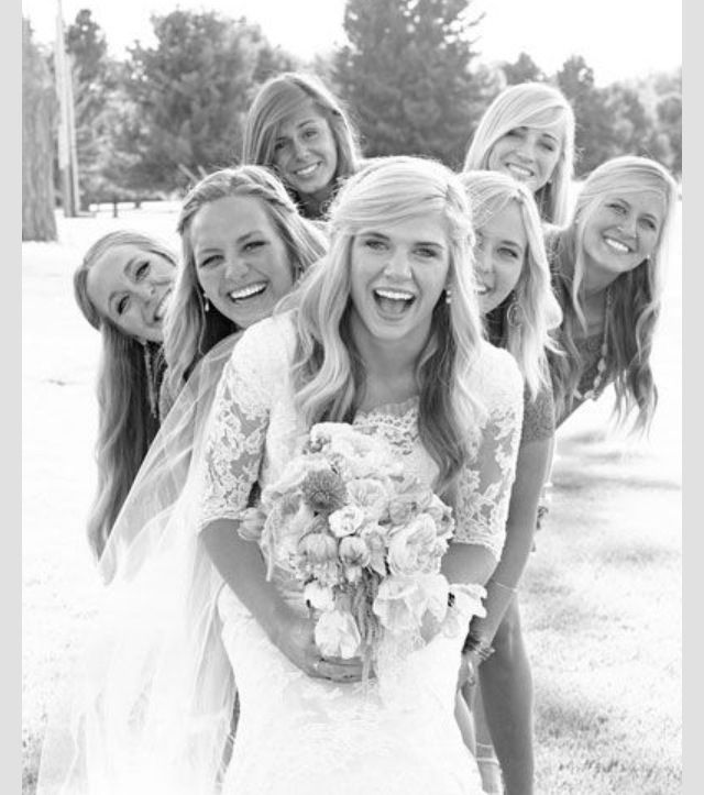 Bridesmaid photo idea