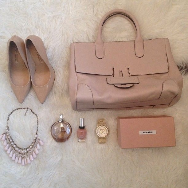 Nude Nude Nude  Zelig cabas M Leather    Fashion Hippie Loves   http://instagram.com/p/UT_mUikczc/