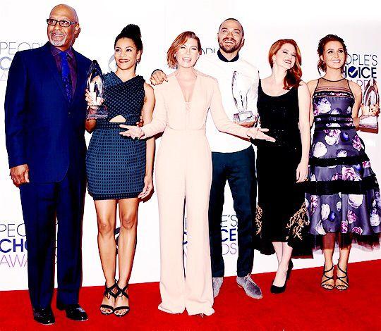 Grey's Anatomy cast at the People's Choice Awards 2014. James Pickens Jr (Richard Webber), Kelly McCreary (Maggie Pierce), Ellen Pompeo (Meredith Grey), Jesse Williams (Jackson Avery), Sarah Drew (April Kepner) & Camilla Luddington (Jo Wilson).