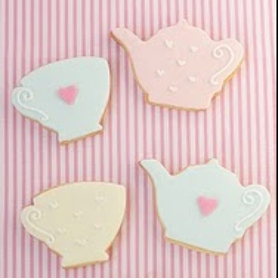 Thinking about these Princess cookies for Toddler Tea Party!