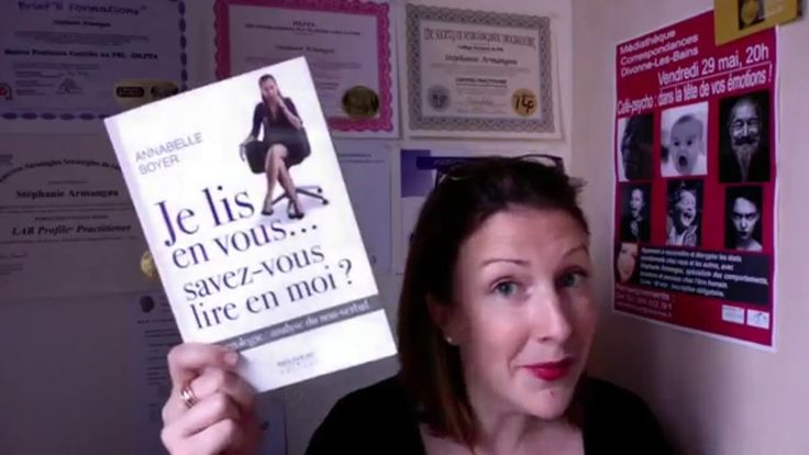 Wow!! Stéphanie Armangau recommande la lecture de mon livre, Je lis en vous, savez-vous lire en moi? qu'elle qualifie de génial. Gratitude!!!