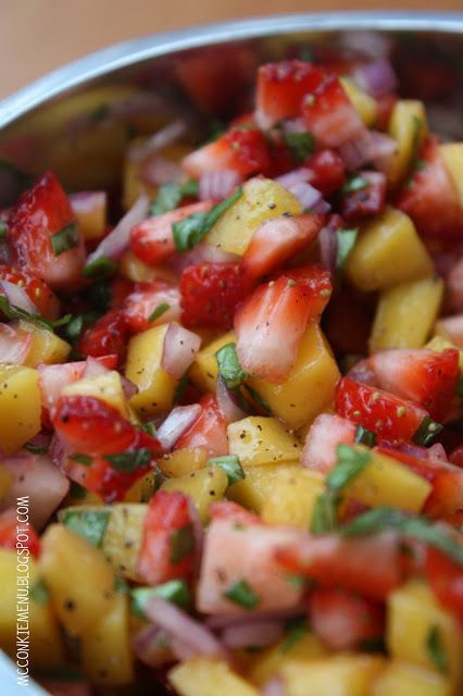 Strawberry Mango Salsa 3/4 Cup Strawberries, finely diced 3/4 Cup Mangos, finely diced 1/4 Cup Red Onion, finely chopped 6 Basil Leaves, finely chopped 1 TBSP Fresh Lemon Juice 1/4 tsp. Sea Salt 1/4 tsp. Black Pepper Combine all ingredients and allow to sit in the refrigerator for a few hours, covered. We ate this in about 2 days... but I hear it keeps well in a sealed container for about a week.