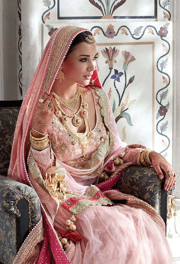 Tanishq Sikh Bride Wedding Jewellery Collection(3)