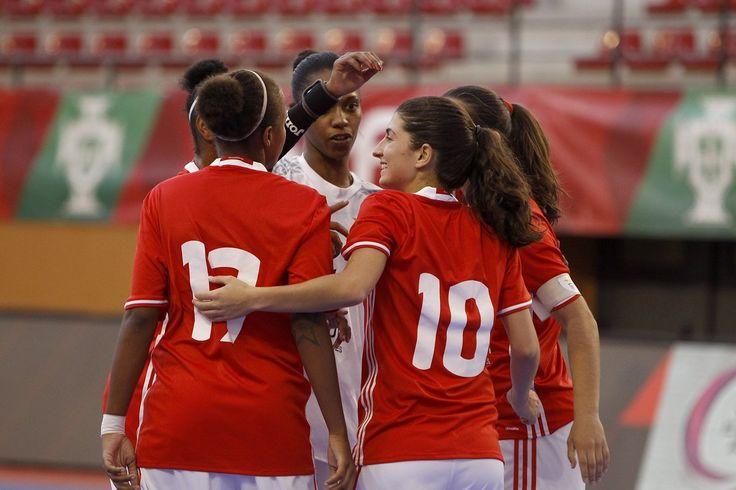 Futsal Feminino - SL Benfica conquistou a Supertaça 2016.