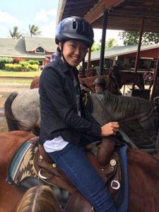 さとうあつこのハワイ不動産: クアロア牧場で乗馬