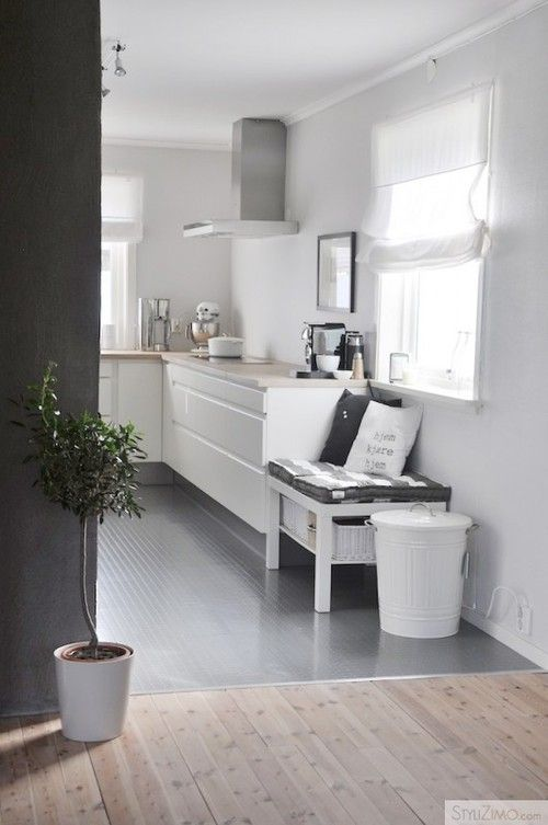 I like the little bench, this could be cute next to the counter by the stairs