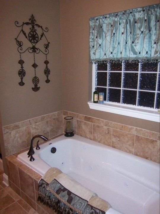Drop In Soaking Tub With Corner Faucet Master Bath