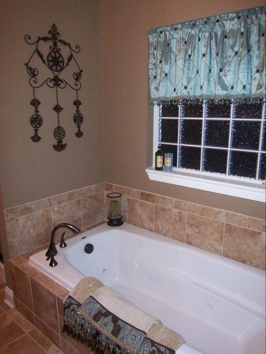 Drop In Soaking Tub With Corner Faucet Bathroom