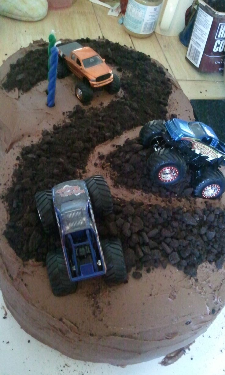Sawyer's monster truck birthday cake I did! He loved it!