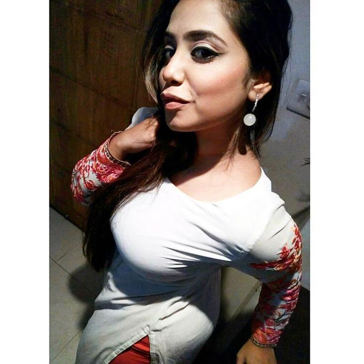Sexy Bangladeshi Girl Big Boob Seductive Desi Girl -8029
