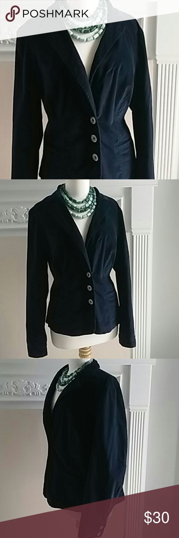 LANE BRYANT NAVY BLUE BLAZER SIZE 16 LAYNE BRYANT CLASSIC NAVY BLUE BLAZER. THE COTTON SPANDEX BLEND HAS A BIT OF STRETCH THAT IS SUPER COMFORTABLE. CAN BE DRESSED UP OR DOWN. SIZE 16. Lane Bryant Jackets & Coats Blazers