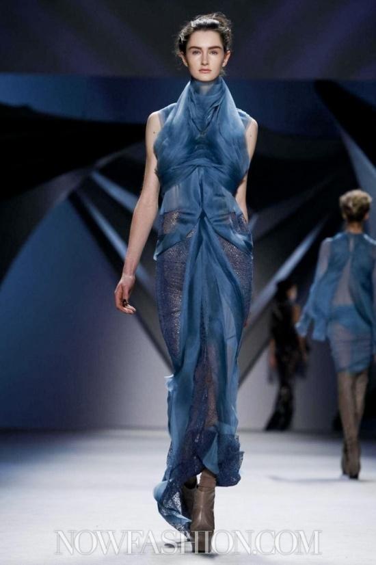 Vera Wang  www.fashion.net